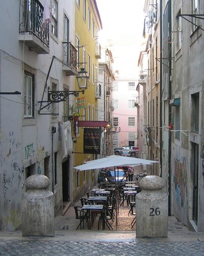 m-Lisbonne_3___Bairro_Alto.JPG